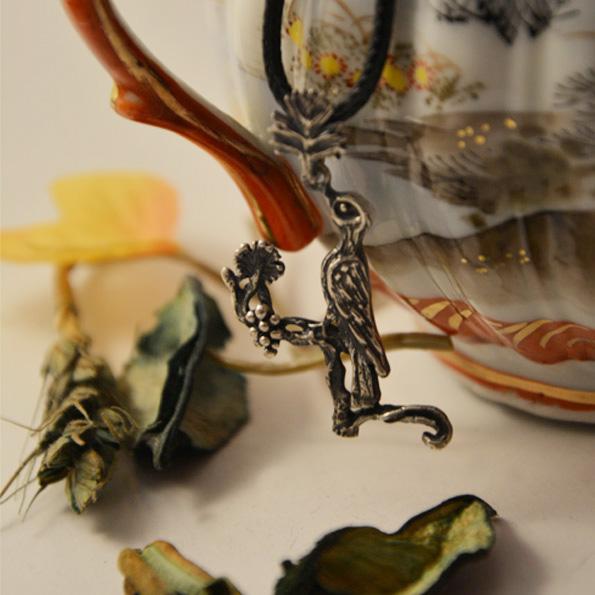Armenian Handmade Pendant Letter V